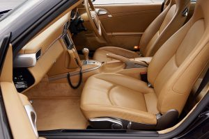 Nettoyage siège voiture tissu et cuir